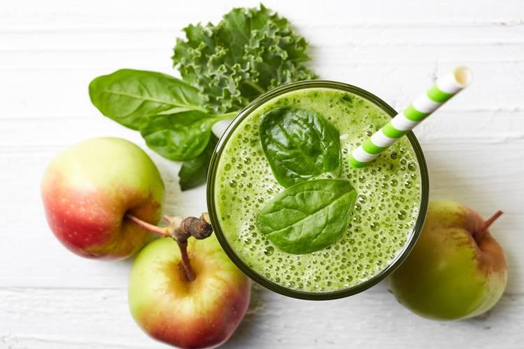 Dein Tag von Auftakt in Schwung bringen mit diesem grünen Smoothies